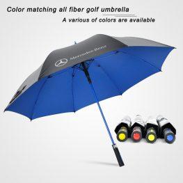 man golf umbrella